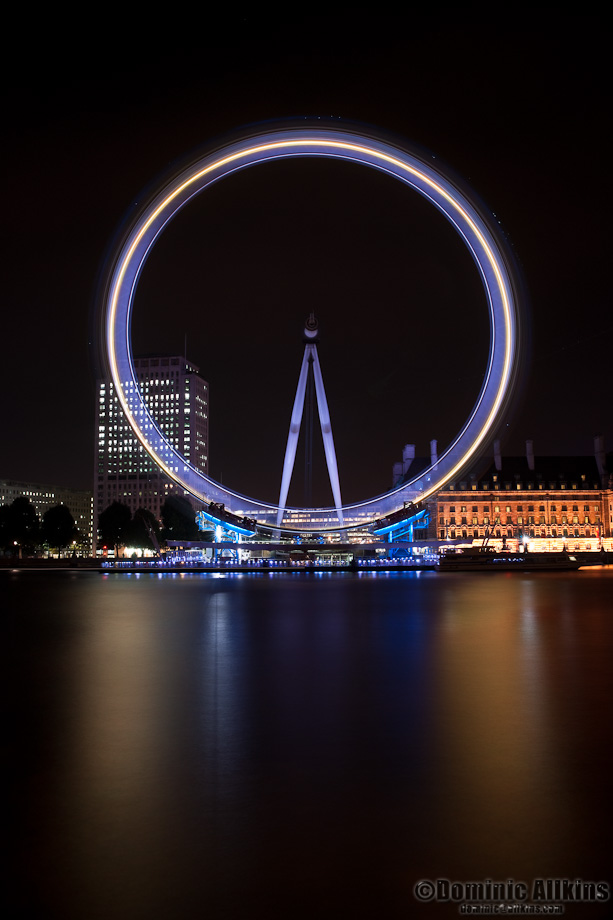 The London Eye at night - 3 minute exposure